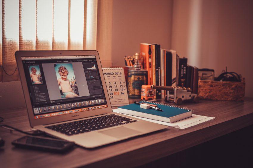 Valokuvan muokkaus käy helposti tietokoneella
