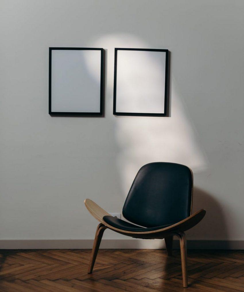 Omat valokuvat julisteina toimivat helppona sisustuselementtinä